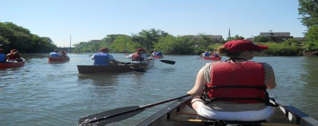 Chicago River Leinenkugel's Friendly Float