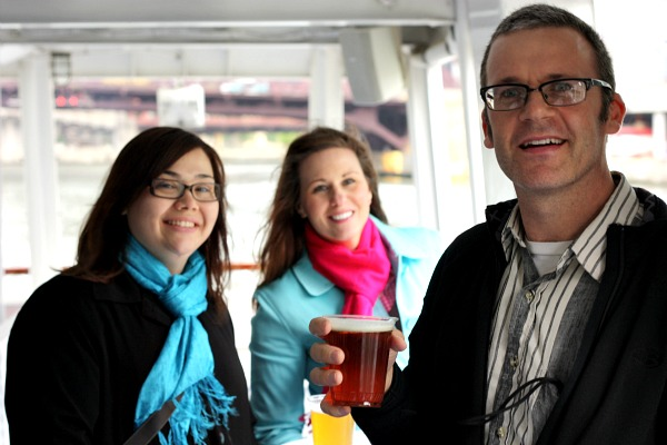 Free beer on the Chicago River