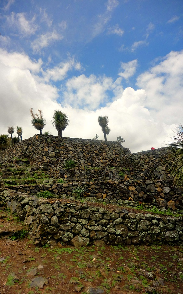 Cantona Olmec ruins Mexico