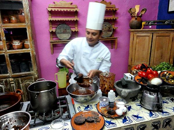 Chef Alonso Mesones Sacristía