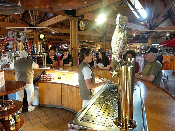 Leinenkugel Lodge bar