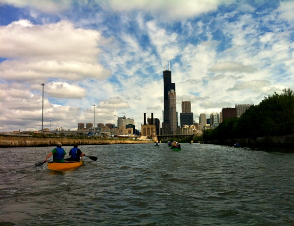Chicago River canoe adventure