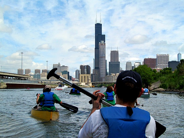 Chicago River Friendly Float