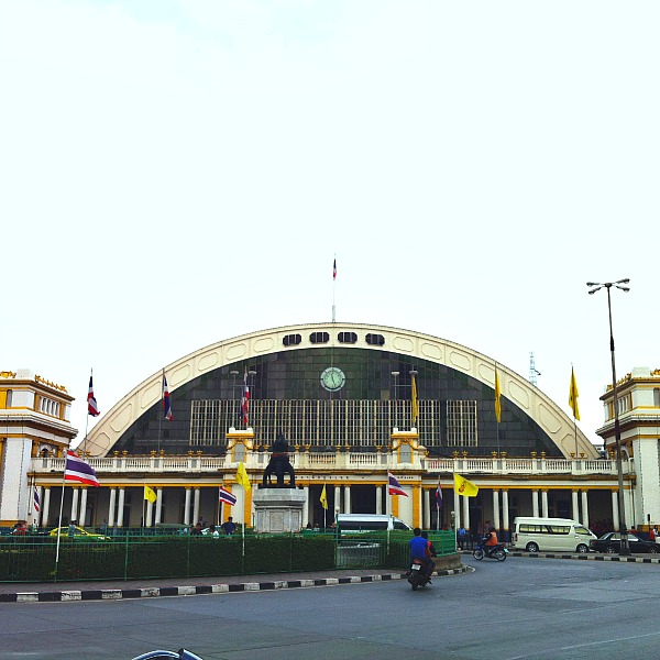 Hua Lamphong Foreign city airport arrival tips