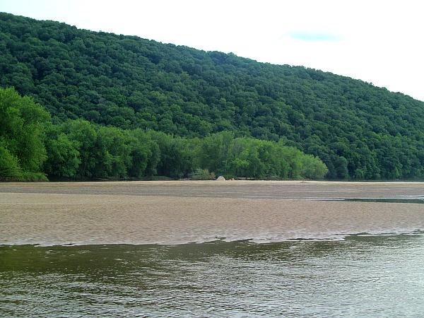 Wisconsin River camping bad etiquette