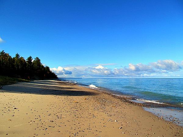 Lake Superior Pictured Rocks beaches