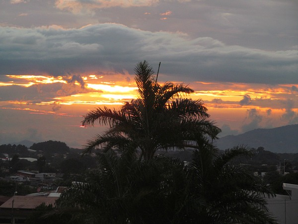 Alajuela Backpackers Hostel sunset Costa Rica