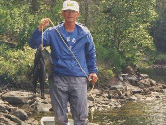 Discover boating fishing BWCA