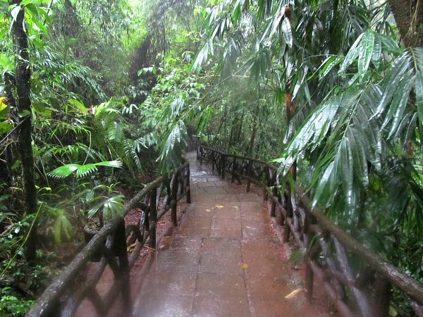 La Paz Waterfall Gardens hiking