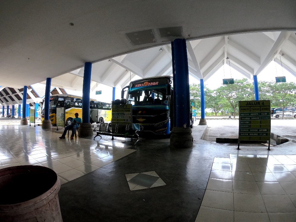 Mengwi Bus Station
