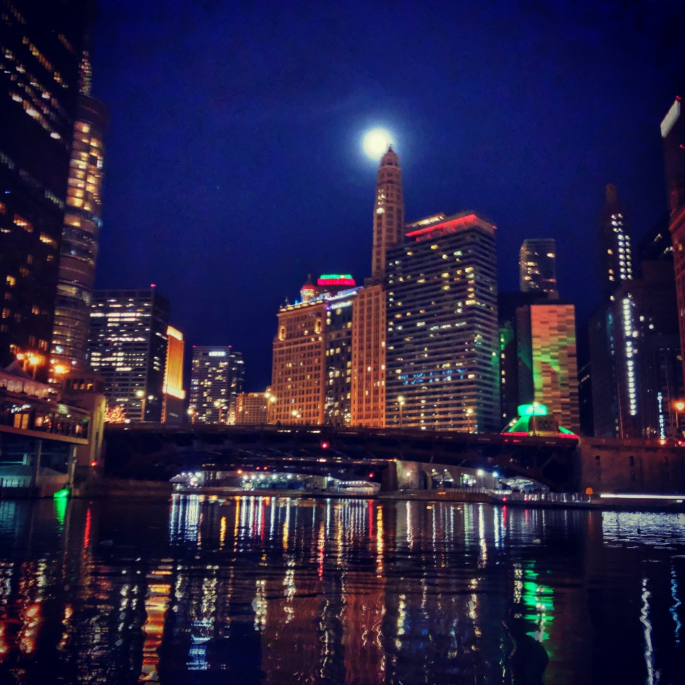 Chicago River Christmas paddle with moonrise